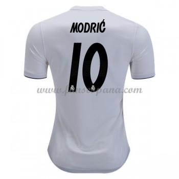 Luka Modric venció a Ronaldo para ganar el jugador de FIFA del año ... 08690acb9ef0f